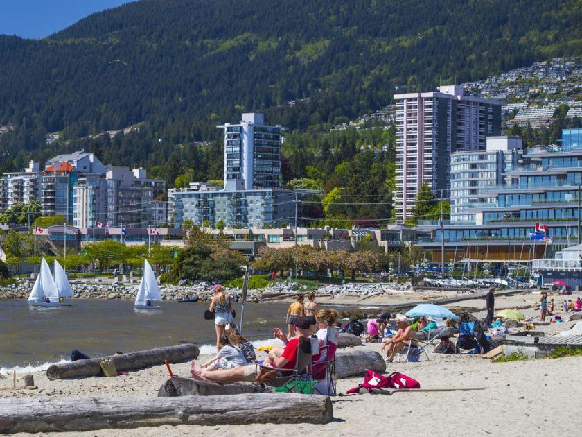 Vancouver Sun beach condos