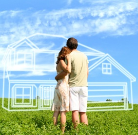 couple looking at house 1st time buyers